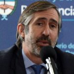 Carlos González Guerra (izq), Ramón Ragués i Vallès y Martín Casares (der)