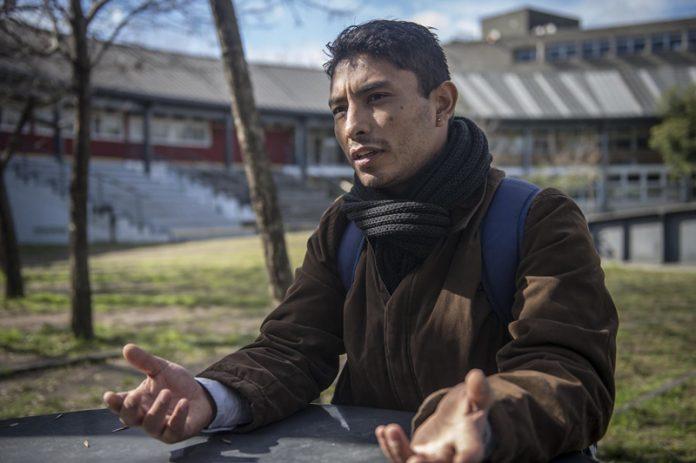 Waldemar Cubilla-promotor cultural-En la Universidad de San Martín