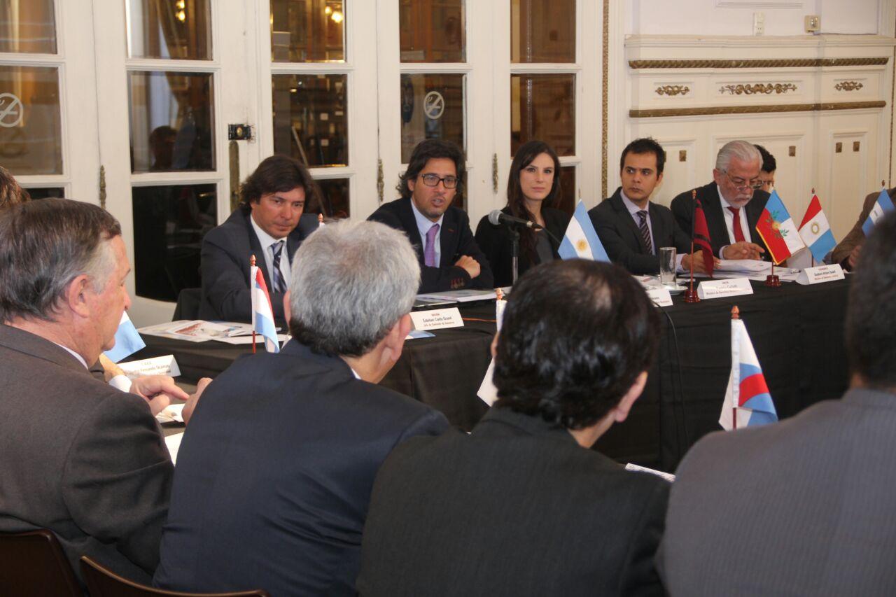 Ministros-reunidos