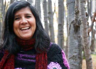 Monica Alvarado en su bósque de Ushuaia
